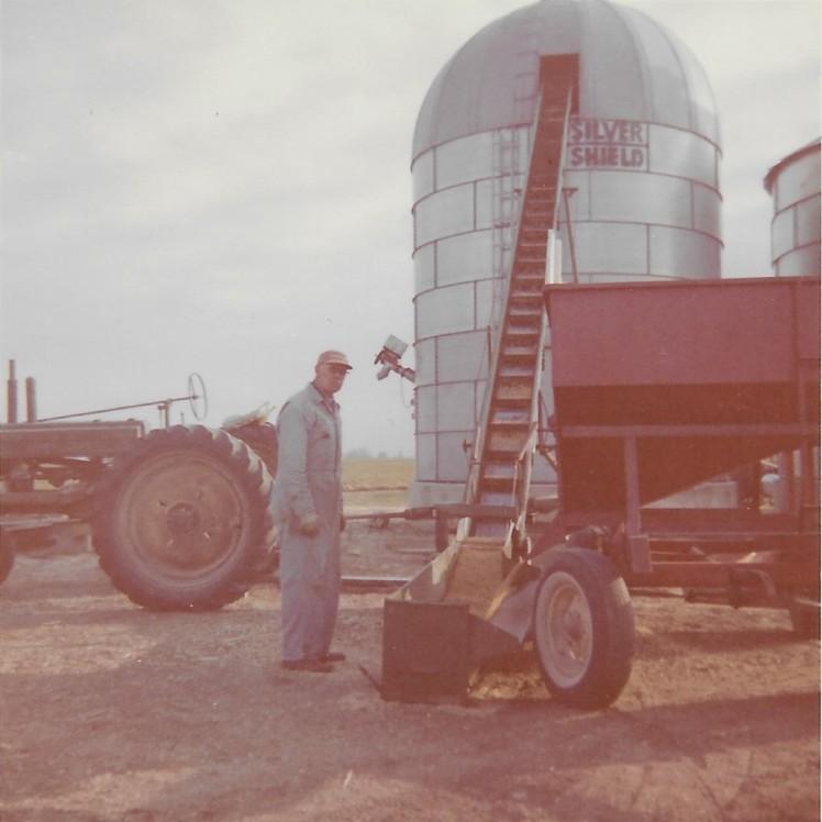 Model B and Wagon (2)
